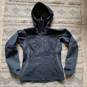 THE NORTH FACE SUMMIT SERIES Women jacket